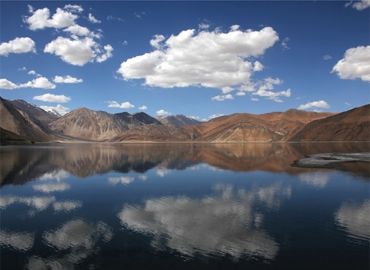 Pangongtso Lake reflects the sky.