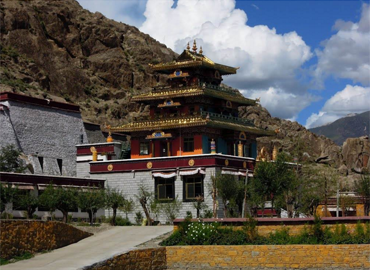 Tholing Monastery is the oldest monastery (or gompa) in the Ngari.