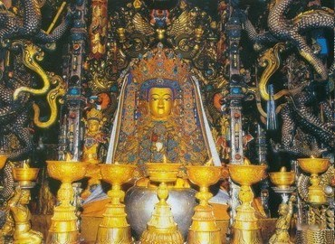 The life-sized statue of the Jowo Shayamuni of age 12 can be seen in Jokhang Temple, it is regarded as the holiest object in Tibet.