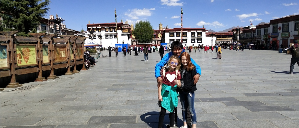 This Tibet Family Vacation Package covers the most amazing and highly-recommended family destinations in Tibet.