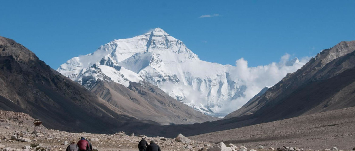 You will view the amazing scenery along the way from Lhasa to EBC.