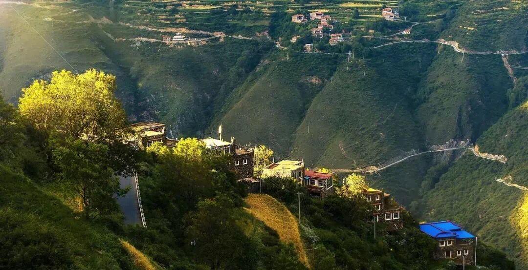 Enjoy the most beautiful Tibetan village life in Dunbar.