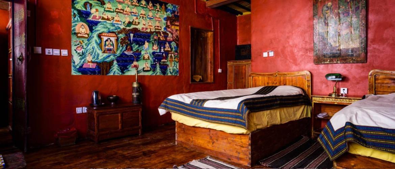 The inside facilities of the double room at house of Shambahala.