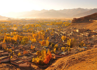 Tibet in autumn is glowing with golden yellow.