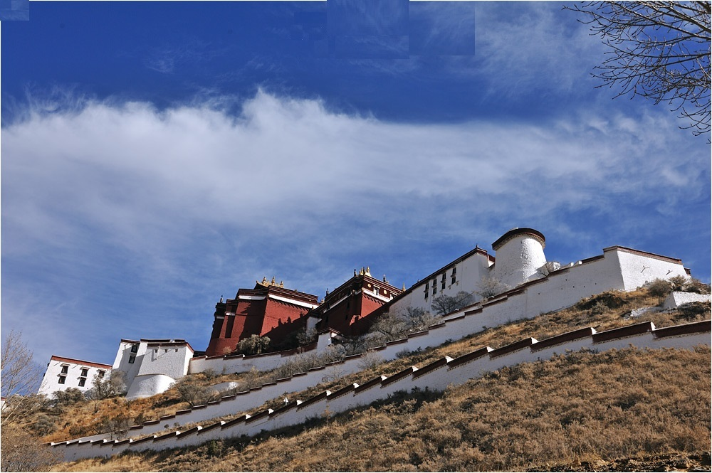 A flank of the Potala Palace. Enjoy the different view from different point.