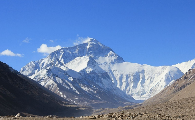 Mt Everest is the highlight in Shigatse.