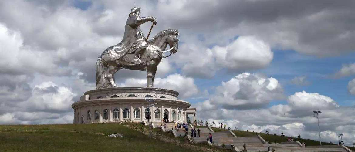 You can take the elevator to the top platform of the majestic Genghis Khan's Statue and overlook the endless grassland.
