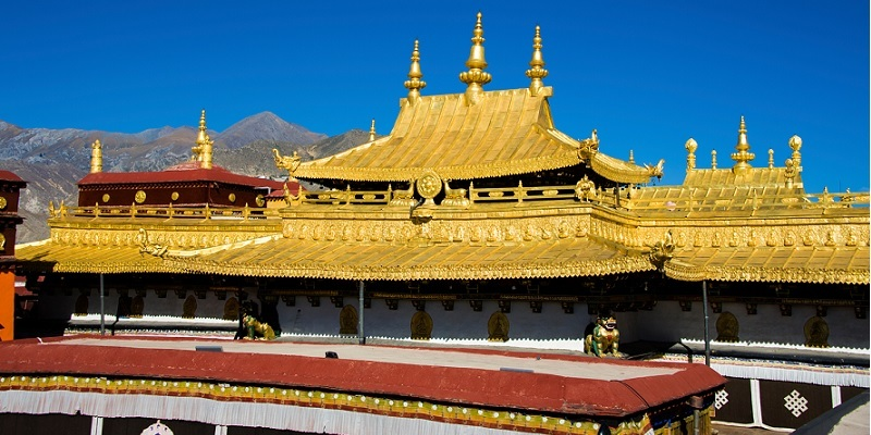 Jokhang Temple would be your great memory for your Tibet trip.