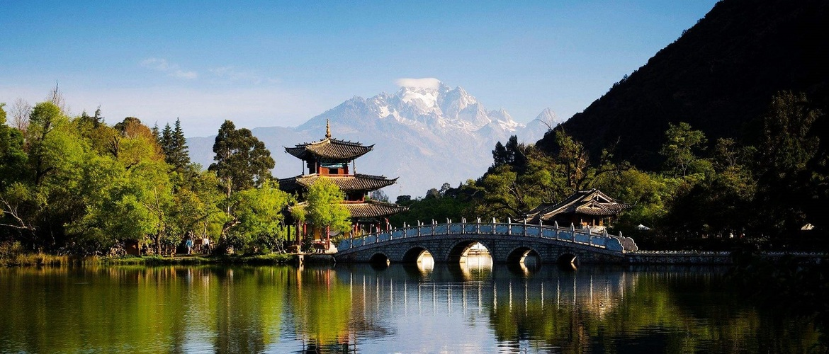 The picturesque Lijiang.