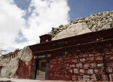 The entrance of the Milarepa's Meditation Cave is very secluded.