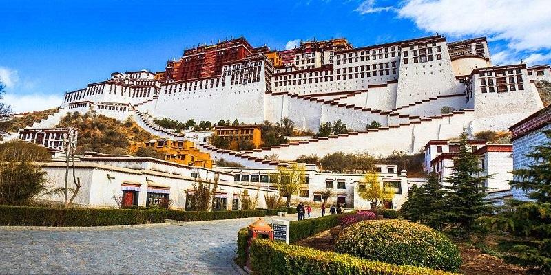 Grand Potala Palace.