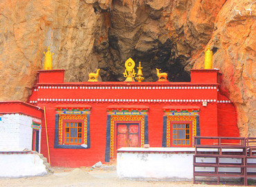 Every Tibetan sheep year, numerous pilgrims visit Tashi Dor Monastery.
