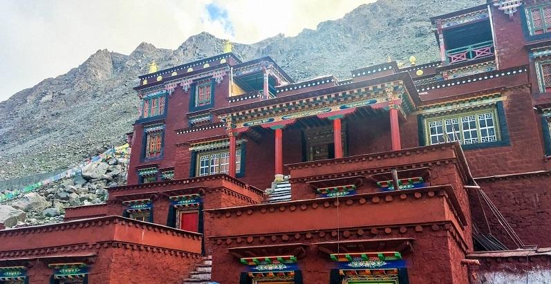 Dirapuk Monastery