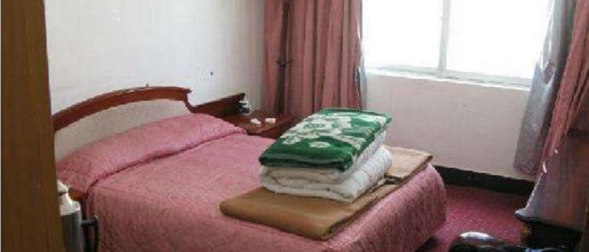 The facilities are very basic at Rongbuk guesthouse.