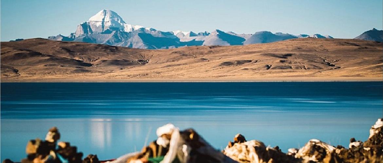 Ghost lake lhanagtso in Ngari.