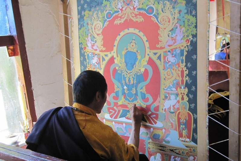 The process of making a Tangka is the behavior of people who believe spell accumulate merits and virtues.