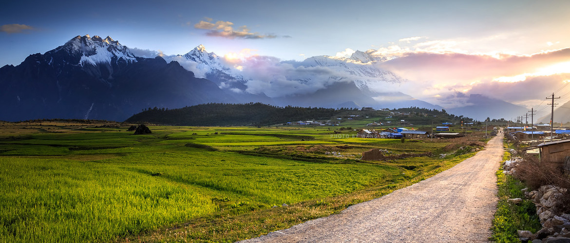 Country road to Gyirong Valley - the beautiful scenery on the way.
