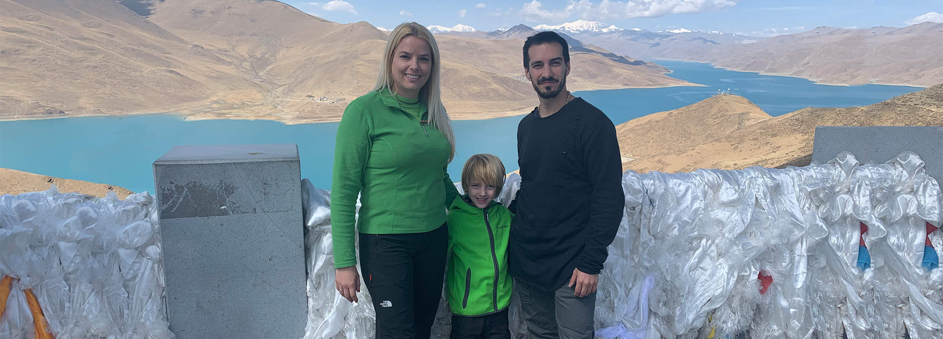 Family Tibet tour with kids is not a fantastic experience, but an elaborate plan for the family.