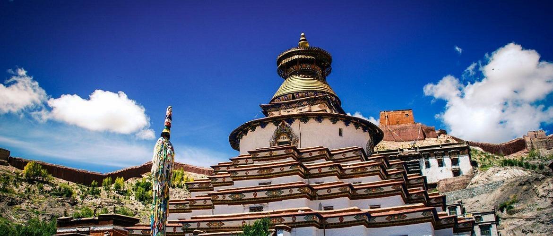 Pelkor Chöde Monastery in Gyantse.