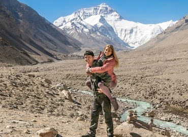 Sweet couple with Mt.Everest in the background.