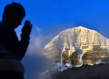 Mt Kailash Kora with Mt Everest Tour