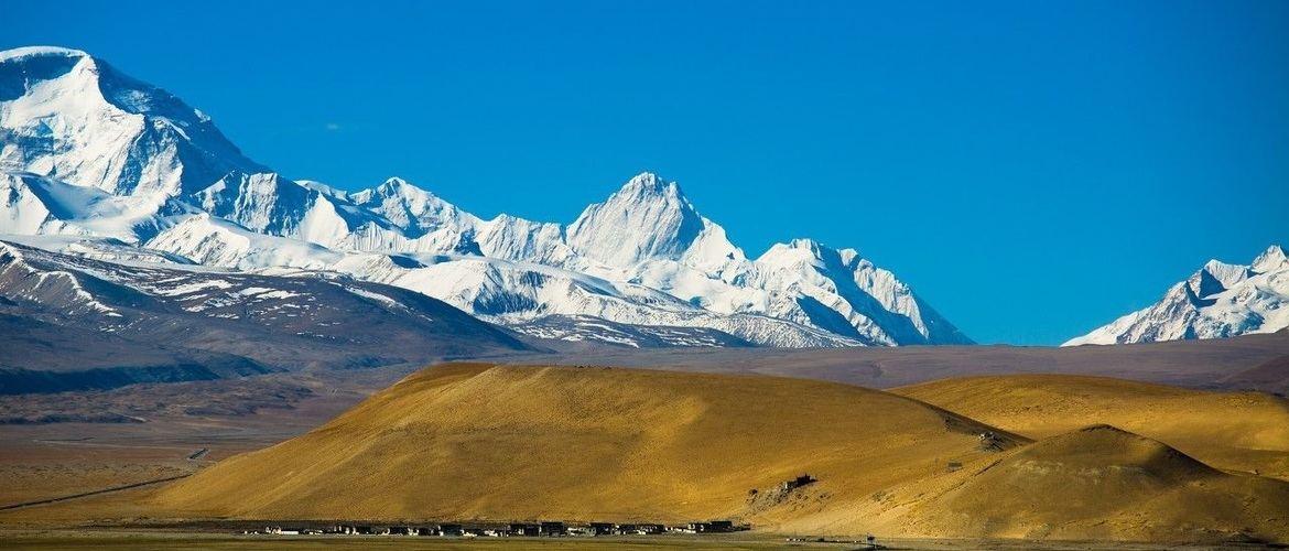 See Rongbuk Monastery from Mt.Everest.