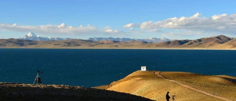 Langtso Lake