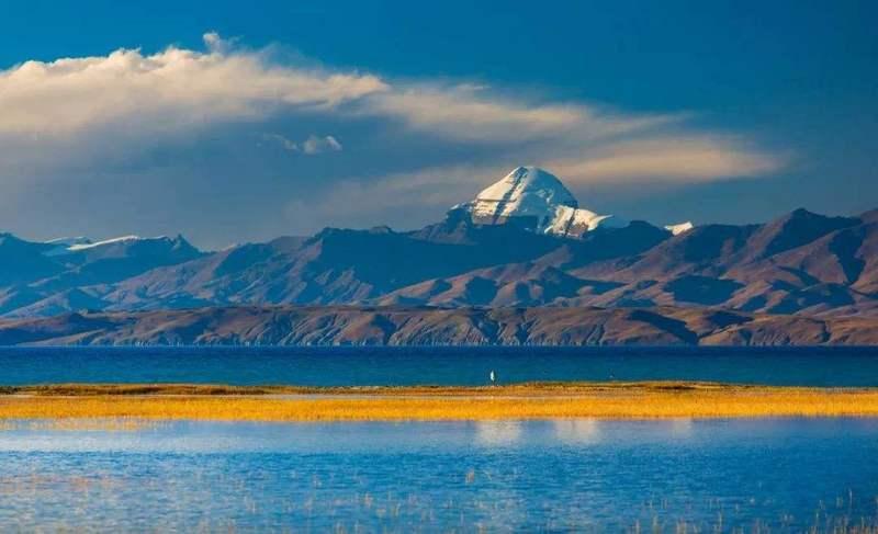 Mount Kailash and Lake Manasarovar