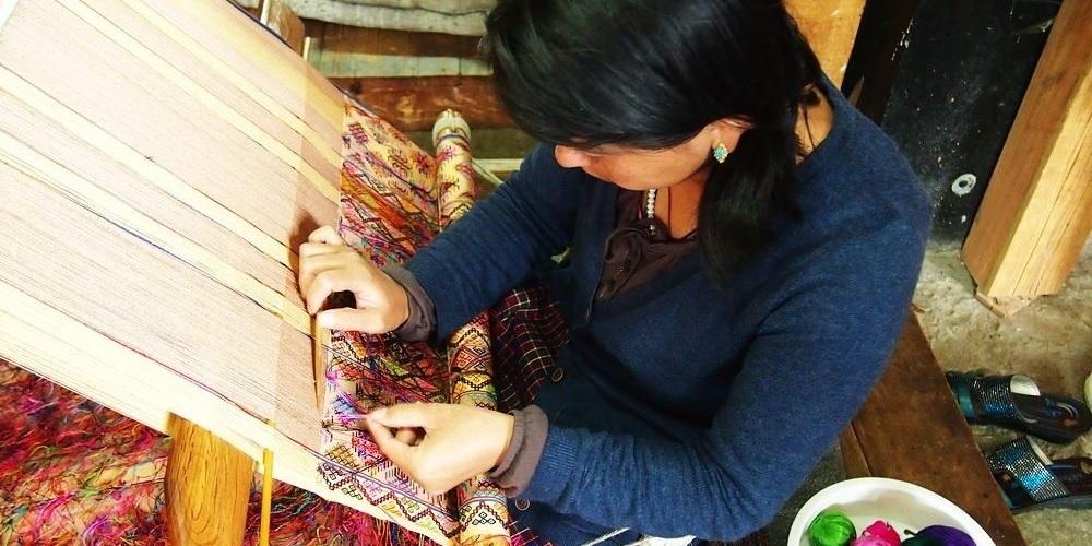 Tibetan Handicrafts, Handmade Art and Crafts in Tibet