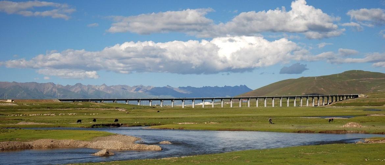 Stunning scenery along Qinghai- Tibet Railway