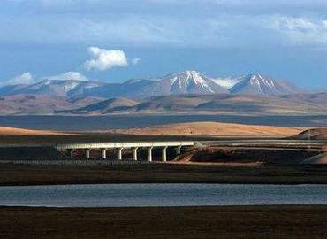 Qinghai Tibet Railway is also called Sky Road.