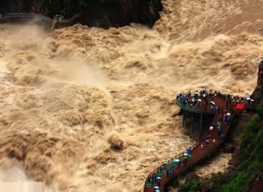 You will be shocked by the natural power at Tiger Leaping Gorge.