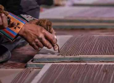 Nyemo Tunba is the birthplace of Tibetan incense.