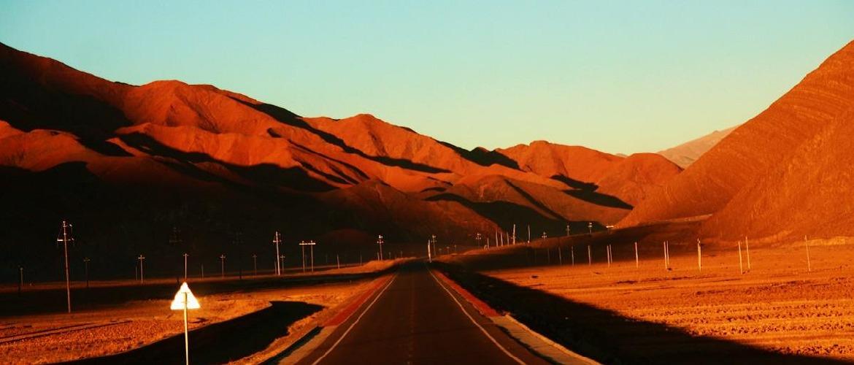 Road scenery from Shigatse to Tingri.